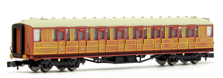 Gresley LNER Teak 3rd Class 60634