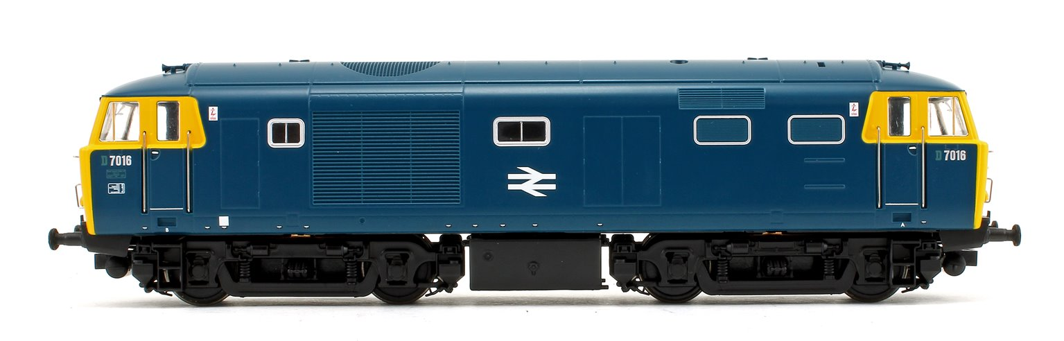 Class 35 Hymek 7016 BR Blue Full Yellow End With Data Panel