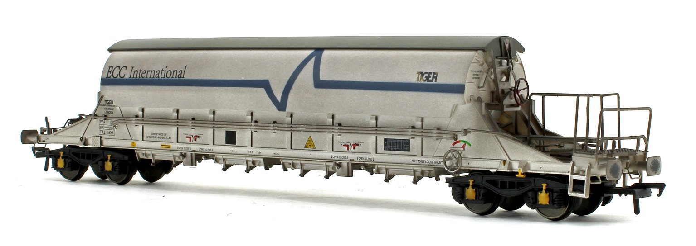 PBA Tiger Wagon TRL 11627 ECC International White (Weathered)