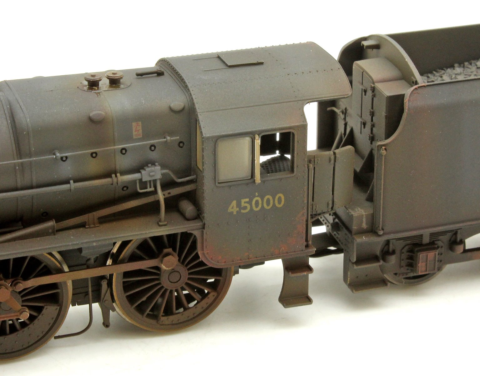 BR (Late) Black 5 Class 4-6-0 Steam Locomotive No.45000 DCC with TTS Sound! - End of Life Weathered