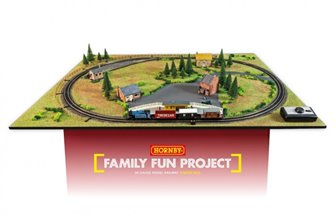 Hornby - Family Fun Starter Pack - Perfect for young modellers!