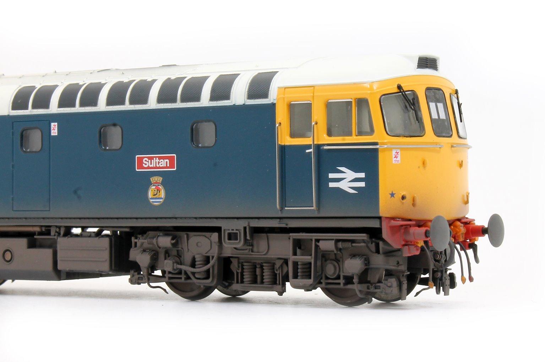 Class 33 025 'Sultan' BR Blue Lt Grey Roof Diesel Locomotive (Lightly Weathered)