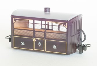"FR ""Bug Box"" coach, ""Zoo"" car"