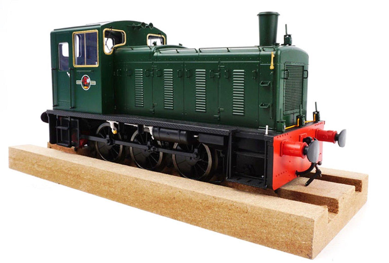 Class 03 (Unnumbered) BR Green Diesel Shunter (Flowerpot exhaust)