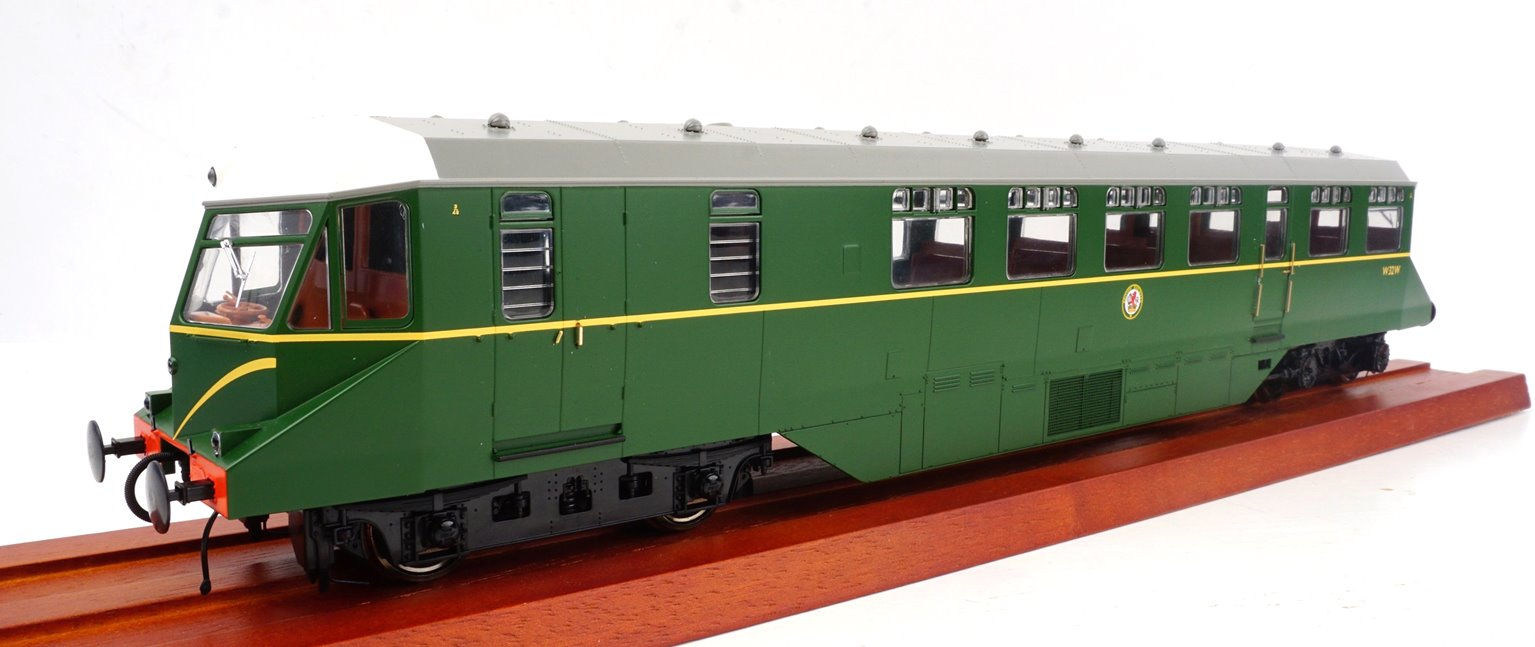 GWR AEC 'Razor Edge' Railcar BR green with speed whiskers (white cab roofs) No.W32W
