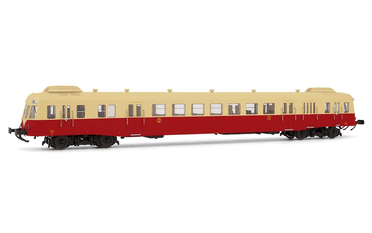 Jouef (H0 1:87) SNCF, diesel railcar class X 2400 with smoke deflectors in beige/red livery, X 2439, Depot Rouen-Orléans, period III