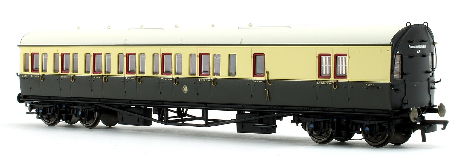 GWR Collett 57' Bow Ended D98 Six Compartment Brake Third (Right Hand) 4972