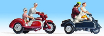 Motorcyclists (2x2) Figure Set