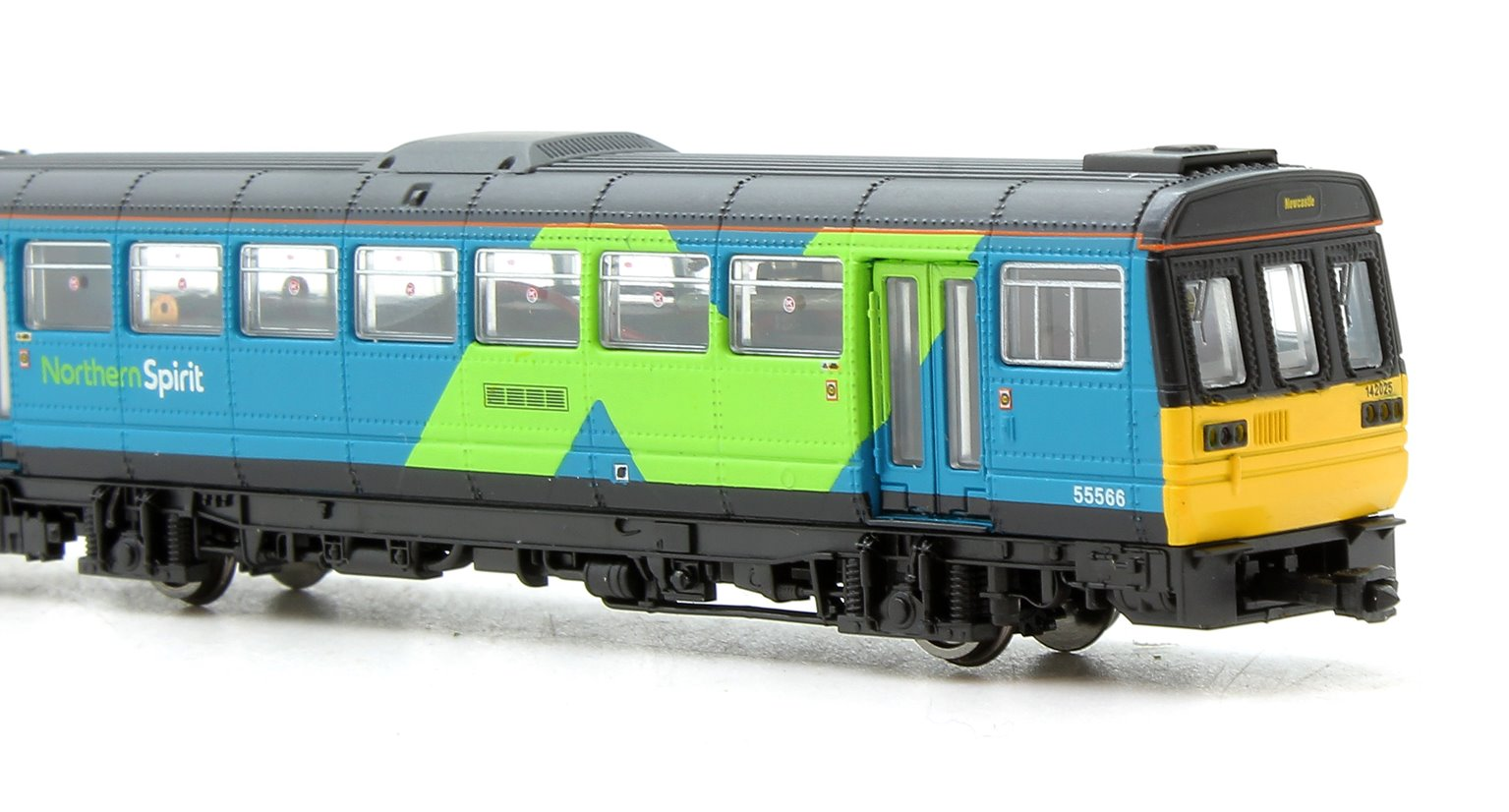 Class 142 025 Northern Spirit 2 Car Pacer Unit - DCC Fitted