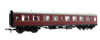 BR Mk1 Coach Second Open 'E4811', Maroon (no crest)