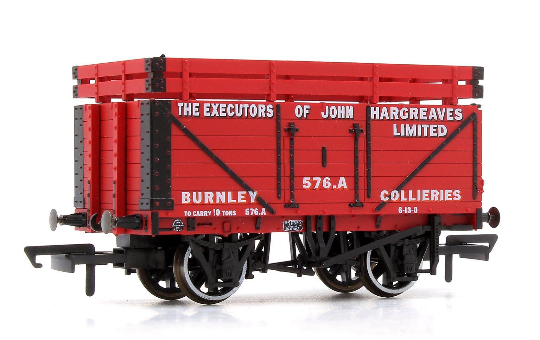 7 Plank Mineral Wagon - John Hargreaves (2 Coke Rails)