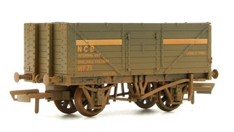 7 Plank Mineral Wagon - NCB Internal User Coal Weathered