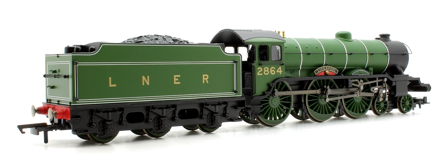 RailRoad LNER Green 4-6-0 'Liverpool' Class B17 Locomotive No.2864