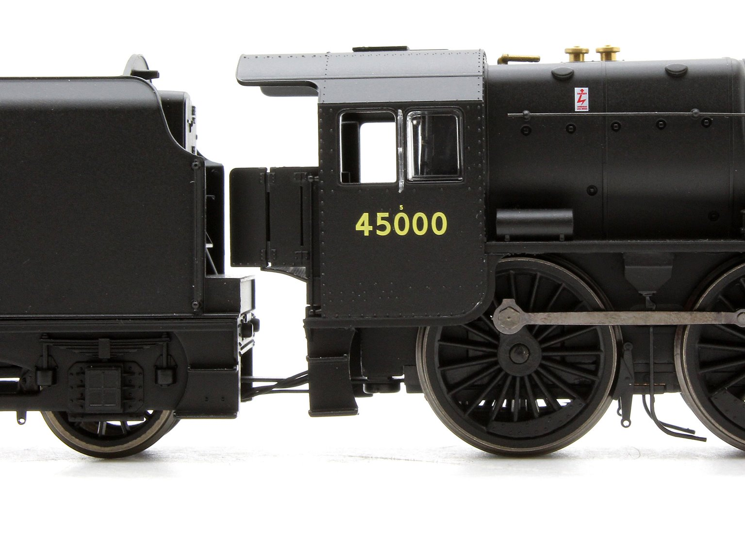 BR (Late) Black 5 Class 4-6-0 Steam Locomotive No.45000 (DCC Ready)