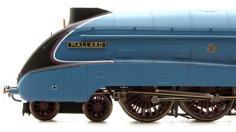 'Mallard' LNER Blue Class A4 4-6-2 Steam Locomotive No.4468