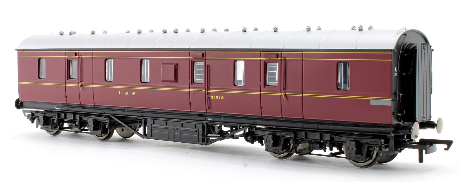 LMS Stanier Period III 50' Gangwayed Passenger Brake No.31010