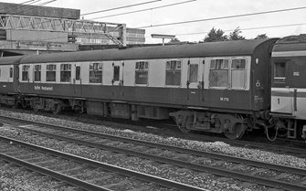 BR (M) Blue/Grey MK1 RB(R) Passenger Coach No.M1712