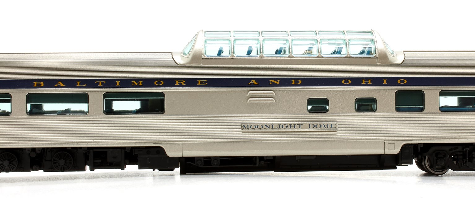 "Budd Mid-Train Dome Car - Baltimore & Ohio ""Moonlight Dome"" - Voiture Skyline"