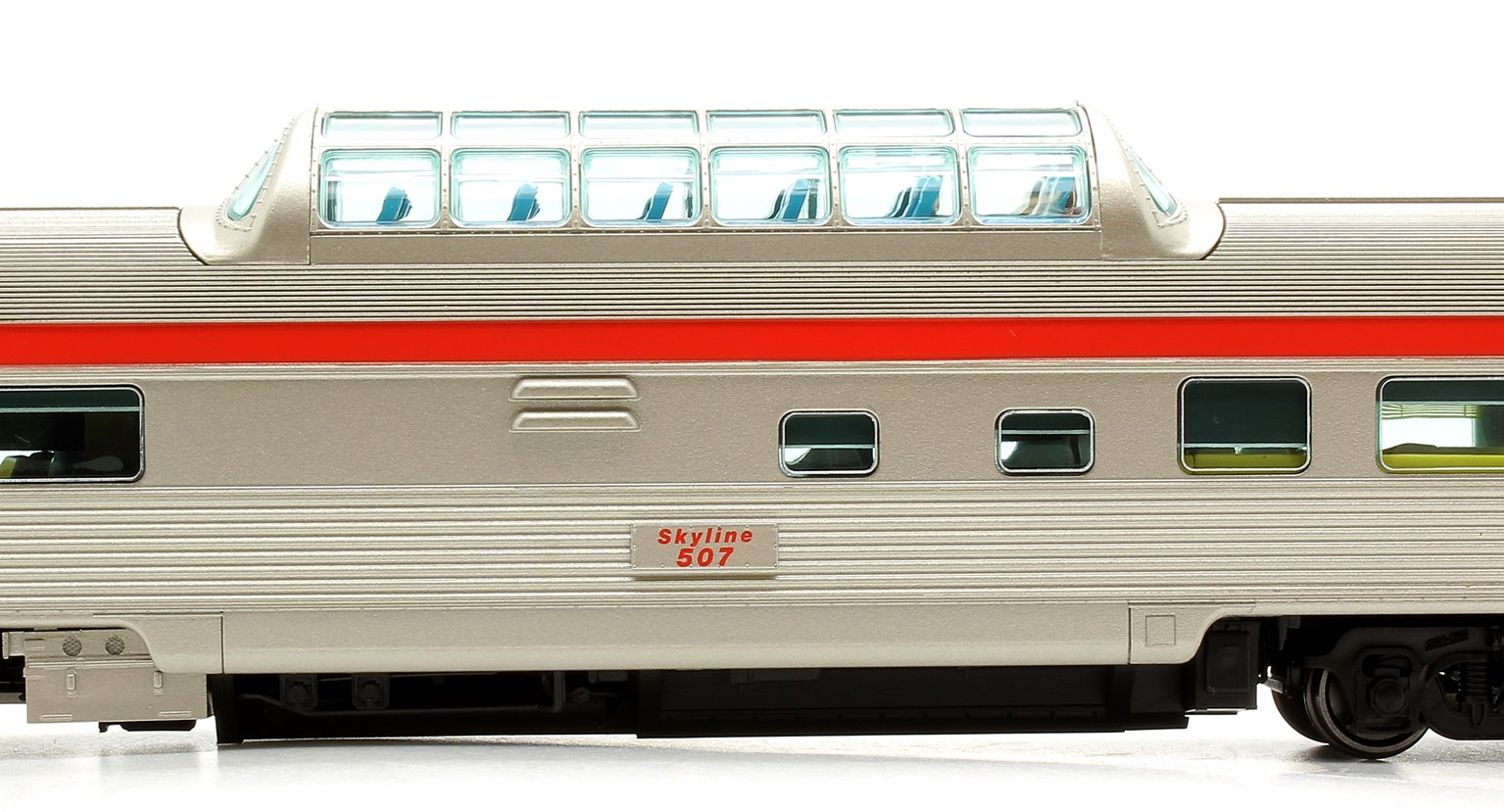 Budd Mid-Train Dome Car - CP Rail Action Red #507 - Voiture Skyline