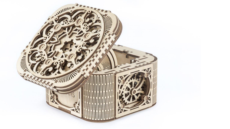 Mechanical model Treasure Box