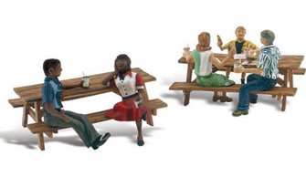 Woodland Scenics WA2214 N Gauge Figures - Outdoor Dining