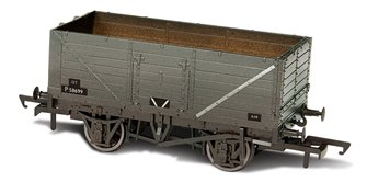Heavily Weathered 7 plank Wagon BR Open wagon