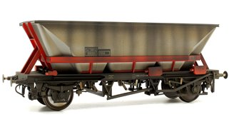 Custom Weathered MGR HAA Coal Wagon (Red Cradle) #355203