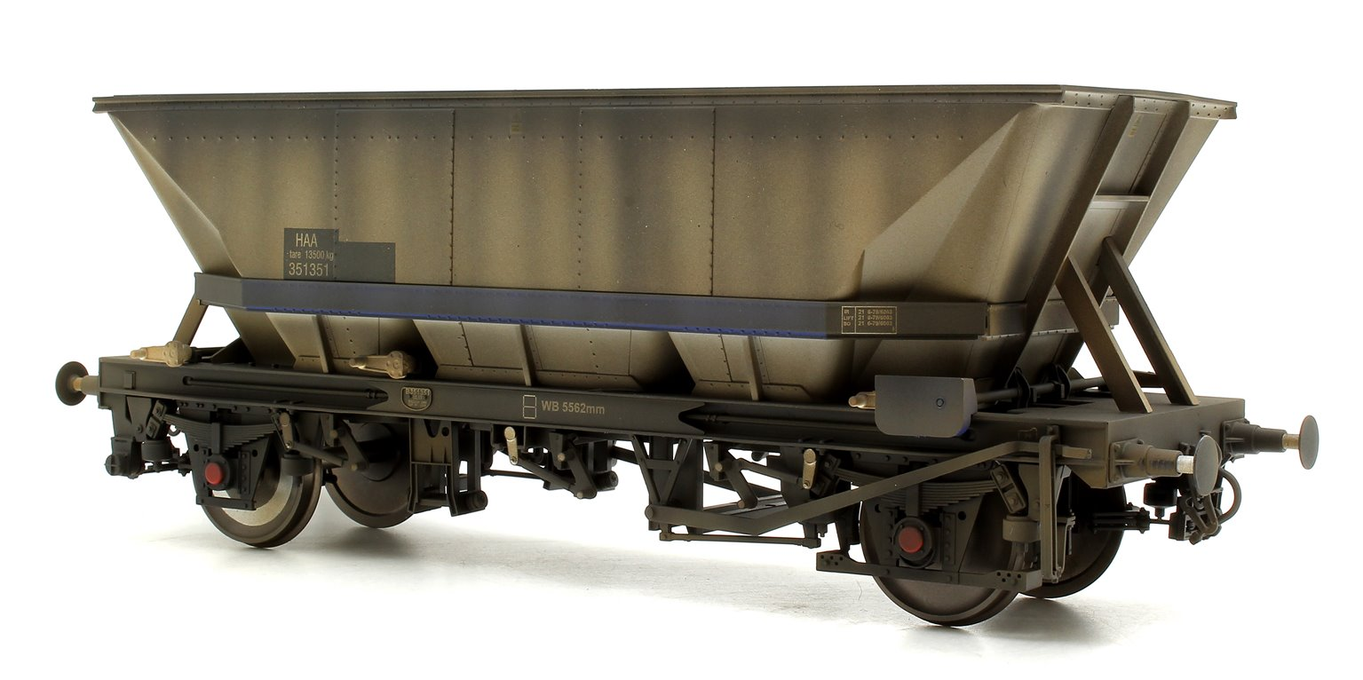 Custom Weathered MGR HAA Coal Wagon (Blue Cradle) #351351