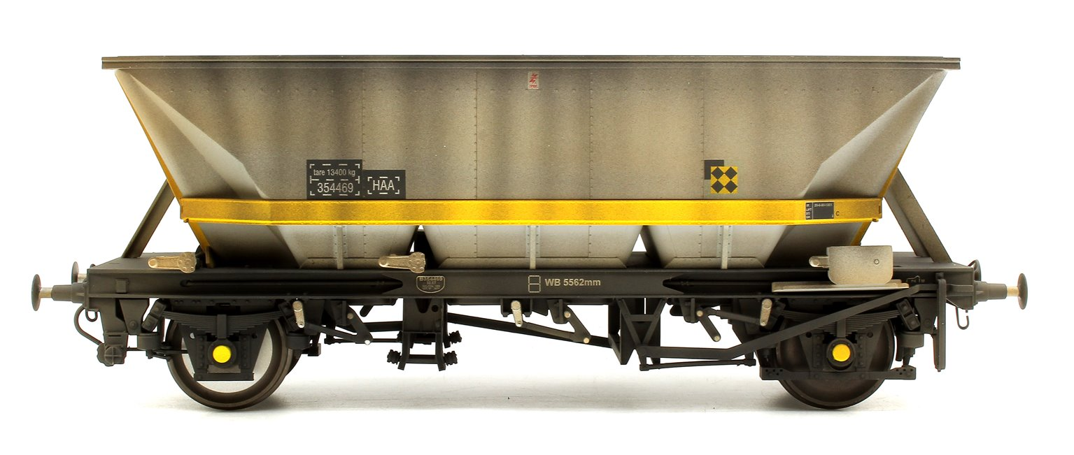 Custom Weathered MGR HAA Coal Wagon (Yellow Cradle) #354469